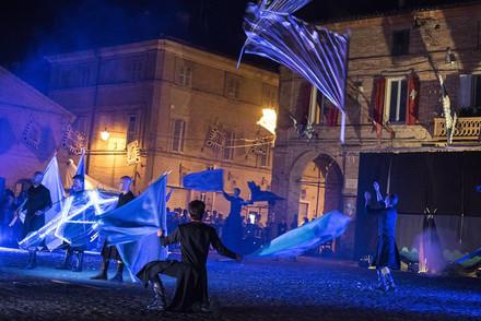 GAMS Alfieri e Musici Storici - spettacolo di teatro della bandiera