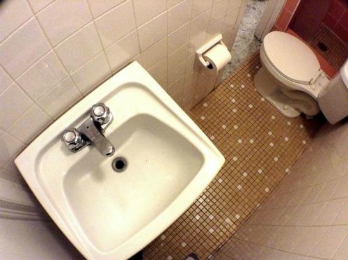6. Building Small Bathrooms