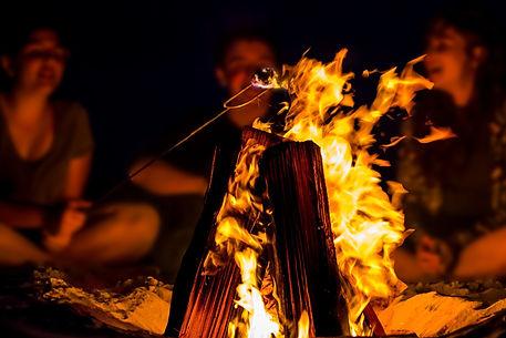 vuur met mensen.jpg