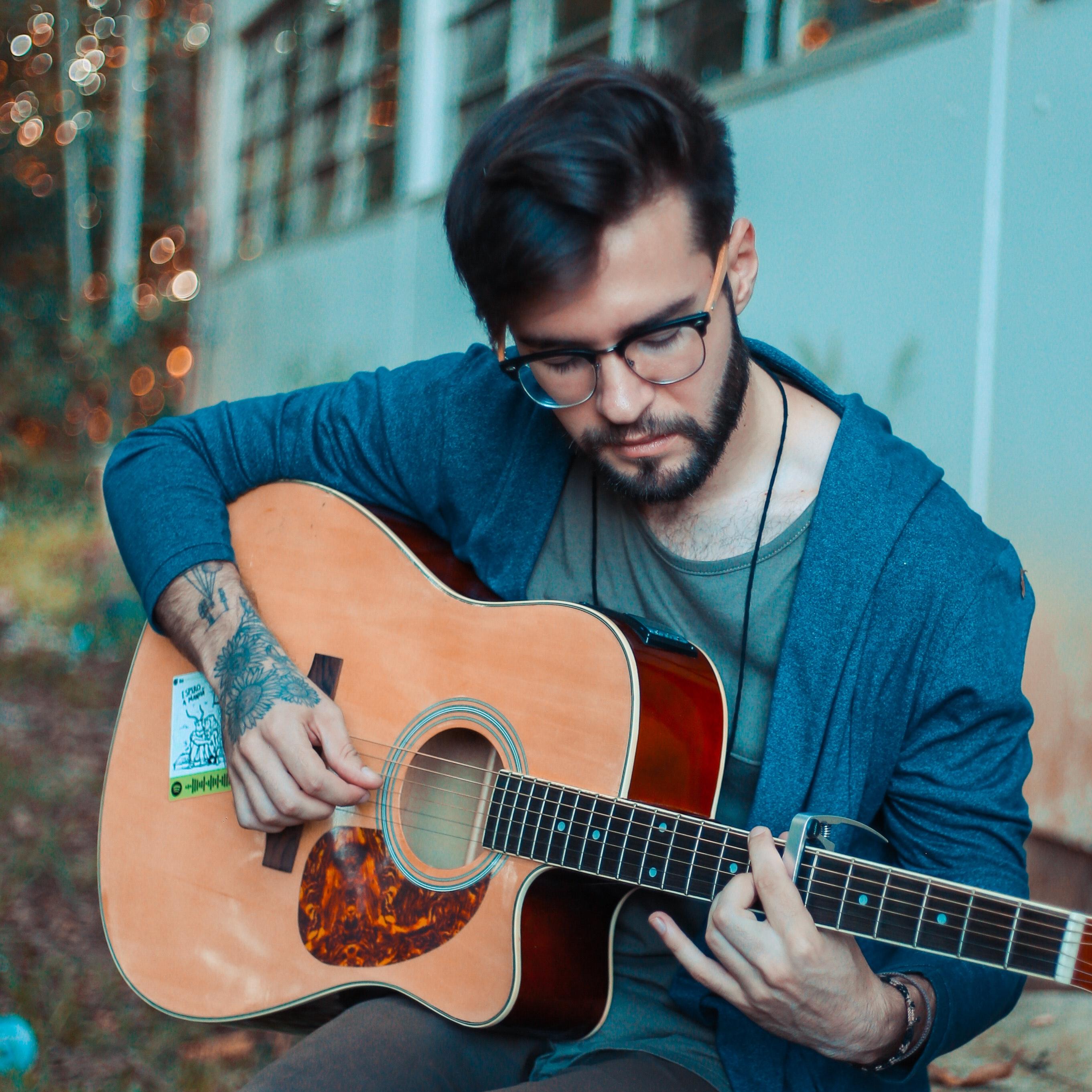 hip guitar