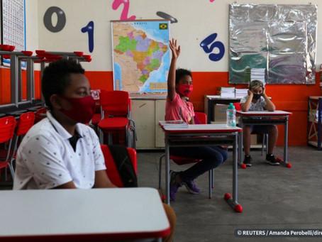 Rede municipal do Rio retoma aulas presenciais para 9º ano e Peja.