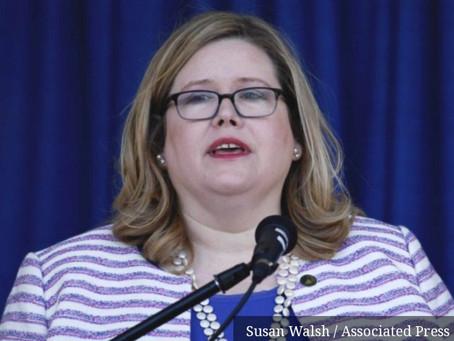 Emily Murphy, chefe da GSA, detalha ameaças à vida, à família e aos animais de estimação.