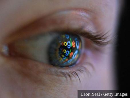 Agência francesa multa Google e Amazon por venda de informações de usuários através de cookies.