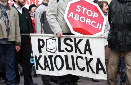 O partido de oposição mais importante da Polônia agora a favor do aborto sob demanda.