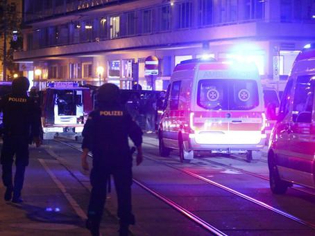 ÁUSTRIA: Tiroteio no centro de Viena deixa dois mortos e vários feridos.