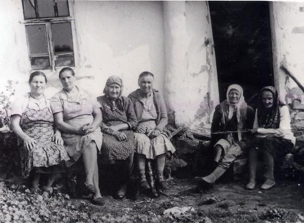 Жители деревни Басово. Фото 1970-х гг.