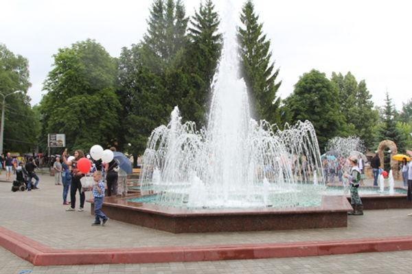 Фонтан в городском парке после реставрации. Фото 2017 г.