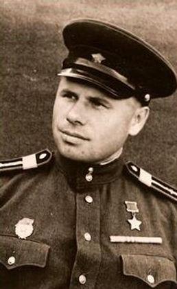Естин Иван Сергеевич, Герой Советского С