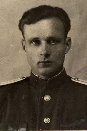 Степанов Павел Лаврентьевич, подполковник медслужбы, участник ВОВ (фото https://pamyat-naroda.ru)