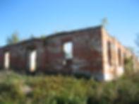 Разрушенное здание Богословской церкви в сл. Михайловке. Фото 2012 г.