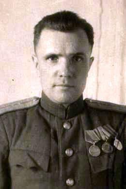 Чернов Михаил Антонович, подполковник, участник ВОВ (фото https://pamyat-naroda.ru)