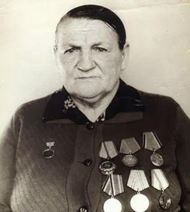 Наседкина Мария Васильевна,  директор Басовской начальной школы