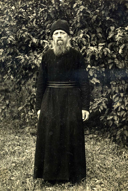 Ларин Иван Петрович, церковный причетник Воскресенского храма в г.Борисове Минской области.
