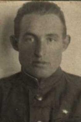 Рощин Илья Иванович, подполковник, участник ВОВ (фото https://pamyat-naroda.ru)