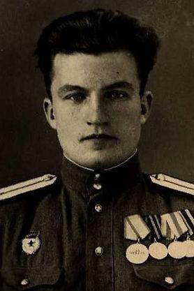 Токмаков Николай Иванович, майор, участник ВОВ (фото https://pamyat-naroda.ru)