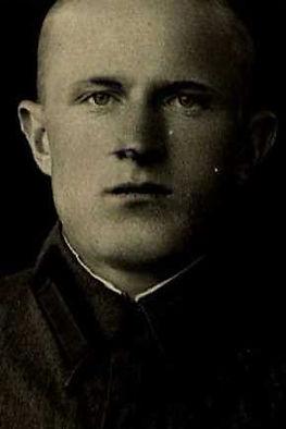 Чернов Виктор Николаевич, майор, участник ВОВ (фото https://pamyat-naroda.ru)