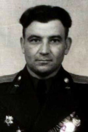 Фенин Алексей Васильевич, капитан, кавалер ордена Красного Знамени (фото https://pamyat-naroda.ru)