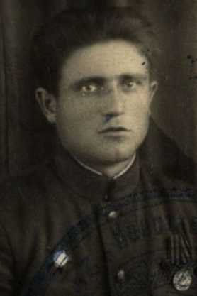 Машкин Иван Аврамович, мл. лейтенант, участник ВОВ (фото https://pamyat-naroda.ru)