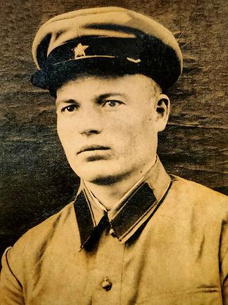 Силаков Александр Матвеевич, участник ВОВ, погиб в 1942 г. (фото https://pamyat-naroda.ru)