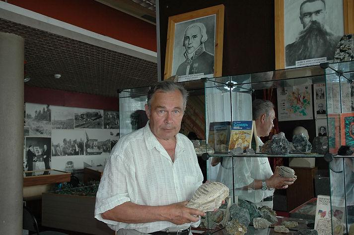 Исаков Петр Николаевич, заведующий музеем Трудовой славы МГОКа