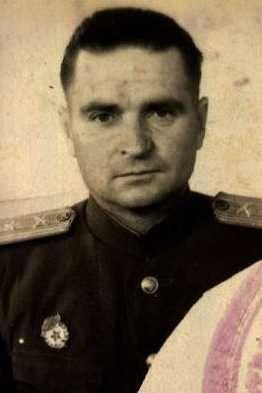 Тюрин Евгений Кондратьевич, полковник, кавалер ордена Александра Невского (фото https://pamyat-naroda.ru)