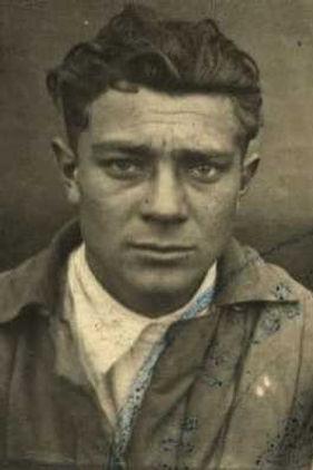 Халин Иван Данилович, мл.лейтенант, участник ВОВ (фото https://pamyat-naroda.ru)