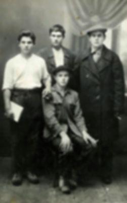 Комсомольцы с. Макарово. Фото 1930-х гг.