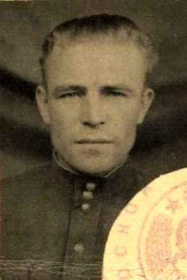 Меркушенков Павел Яковлевич, капитан, участник ВОВ (фото https://pamyat-naroda.ru)
