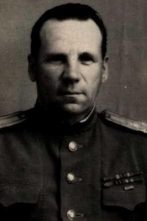 Маруничев Фрол Кузьмич, полковник, участник ВОВ (фото https://pamyat-naroda.ru)