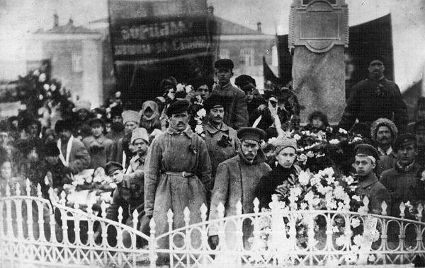 Похороны Г. Толкачева в г. Дмитровске.  Фото март 1919 г
