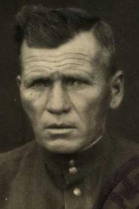 Марахин Иван Иванович, капитан, участник ВОВ (фото https://pamyat-naroda.ru)