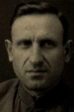 Чернов Иван Евдокимович, капитан, участник ВОВ (фото https://pamyat-naroda.ru)