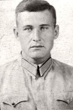 Басарев Федор Трифонович, майор, участник ВОВ (фото https://pamyat-naroda.ru)