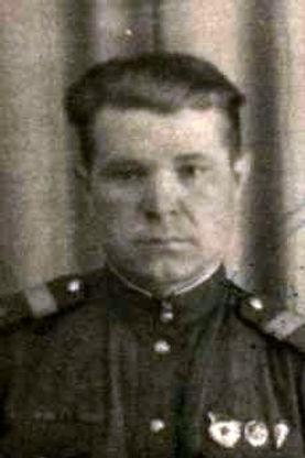 Михеев Иван Никифорович, ст.лейтенант, участник ВОВ (фото https://pamyat-naroda.ru)