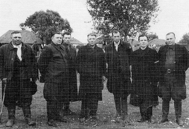 """Руководство колхоза имени """"XXI партсъезда"""". Фото 1958 г."""