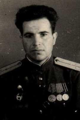 Здоров Федор Николаевич, капитан, участник ВОВ (фото https://pamyat-naroda.ru)