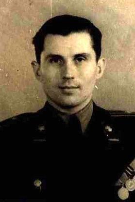 Токмаков Иван Иванович, полковник, участник ВОВ (фото https://pamyat-naroda.ru)