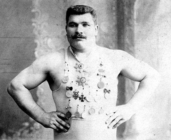 Русаков Григорий Фомич,  русский борец, чемпион мира. Фото начала ХХ в.