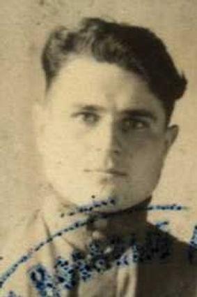 Степанов Андрей Никитович, техник-лейтенант, участник ВОВ (фото https://pamyat-naroda.ru)
