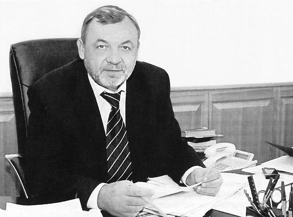 Сухов Геннадий Михайлович, руководитель