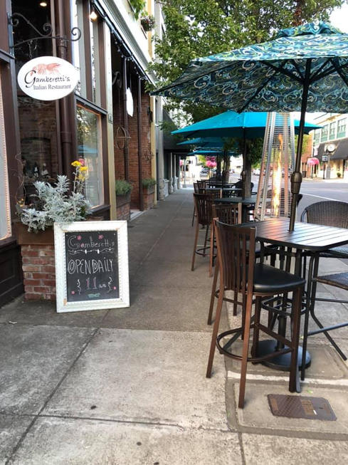 Outdoor Dining in Albany, Oregon