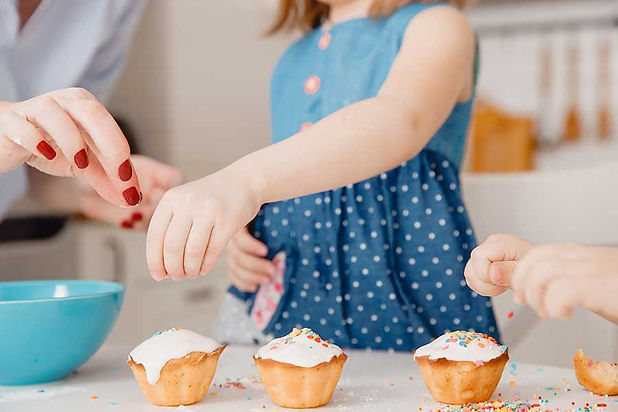 bake-fairy-cakes-with-kids.jpg