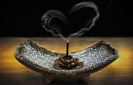 accessory-burnt-ceremony-326627.jpg