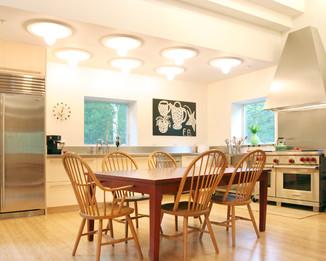kitchen-alt2.jpg
