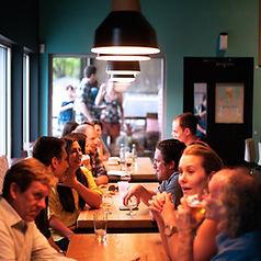 restaurant-690975_1920.jpg