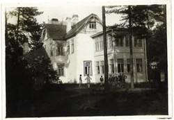 Tyrisevä_1930,_huvila_ulkoa