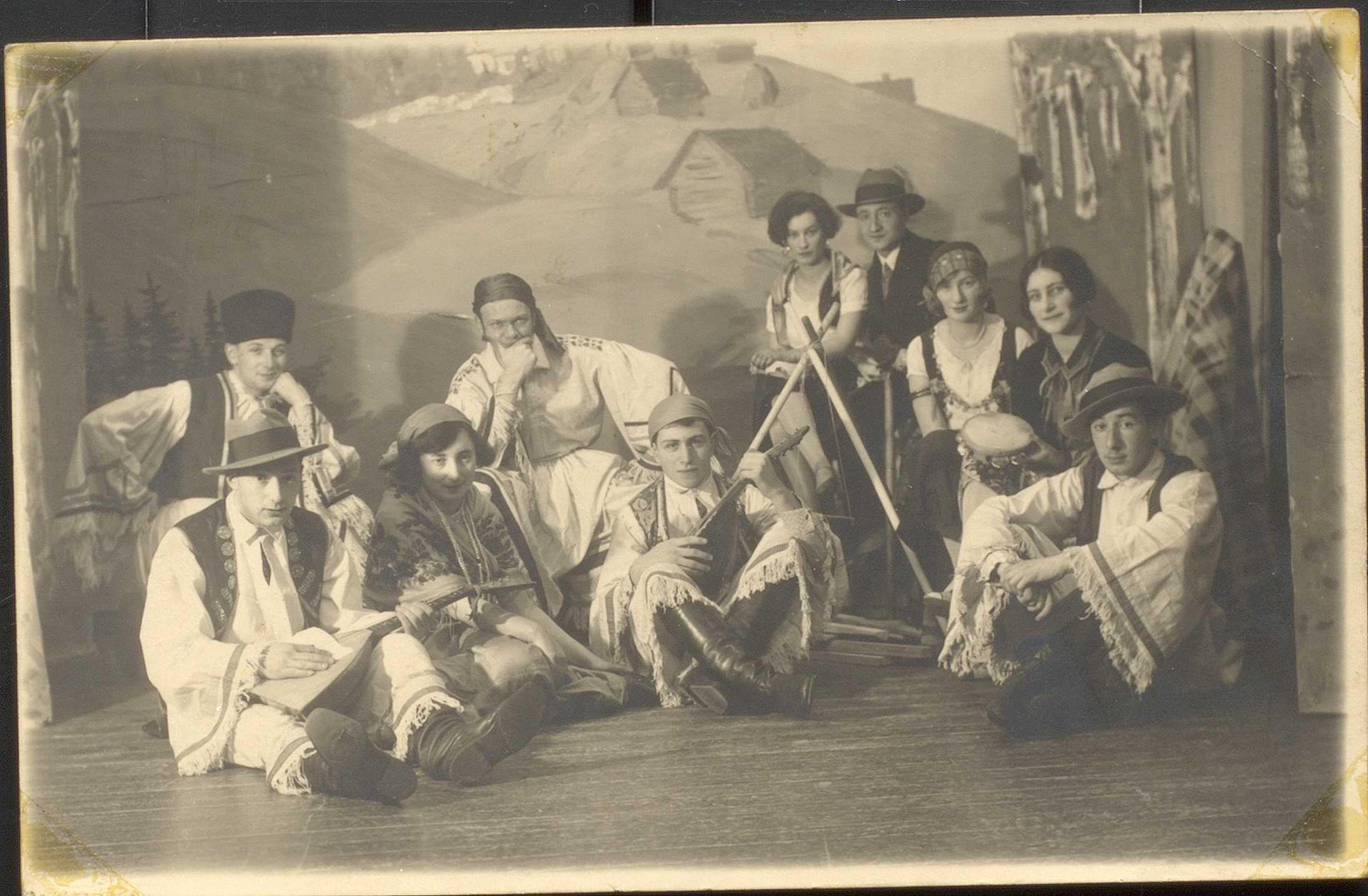 Viipurilaista_nuorisoa_1927_(näytelmä)
