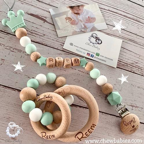 מתנת לידה   מוצרי תינוקות   מחזיק מוצץ   מוצץ  נשכן לתינוק   Chew Babiez