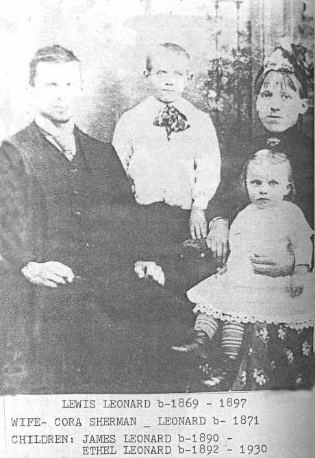 Lewis and Cora Leonard family photo