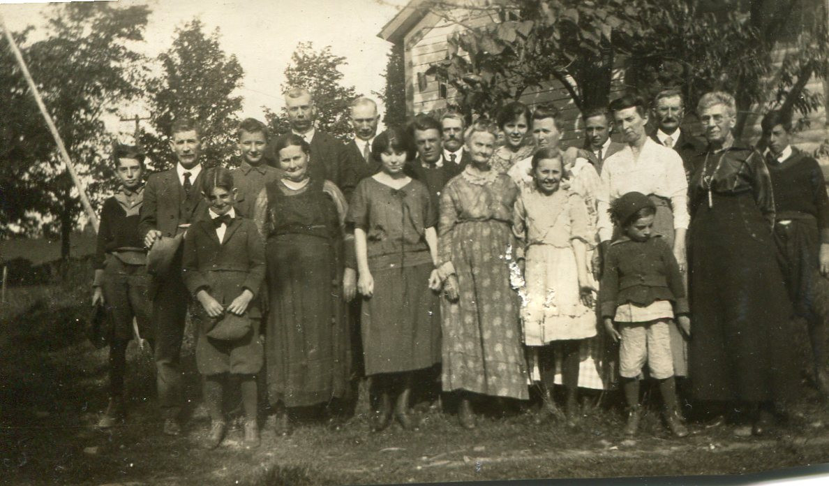 Oscar Mayo Family Photo c1923